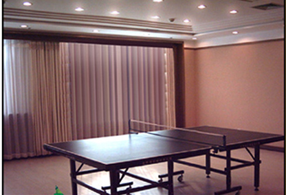 红栌山庄乒乓球运动室