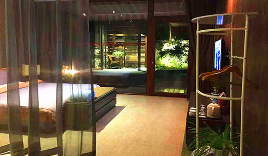 红栌山庄庭院温泉